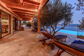 Villa Secluded Paradise Omis (50)